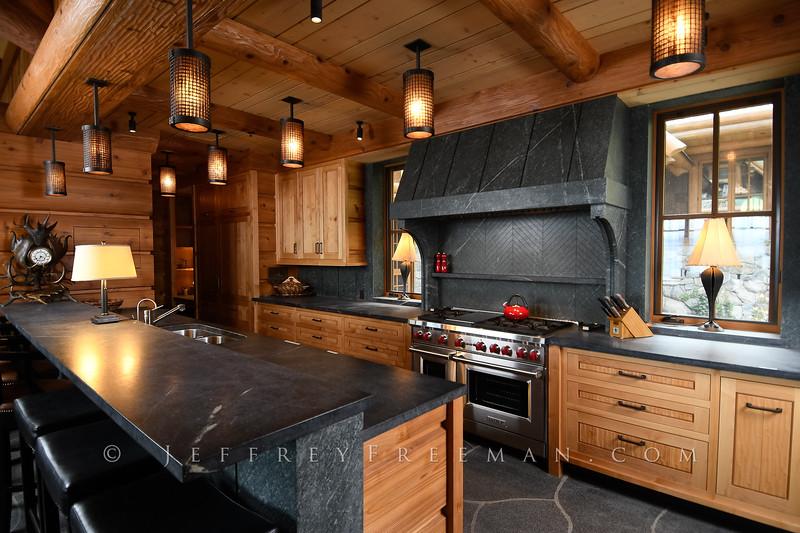 Tahoe Lake Front retreat (Bruce Olson Construction) - kitchen masterpiece