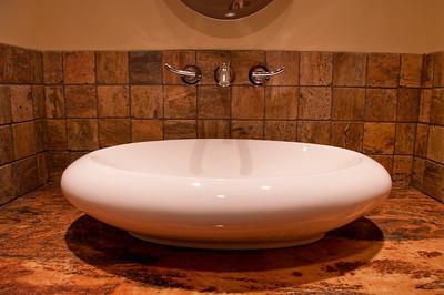 107 Vaughan Street master bath sink