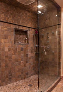 107 Vaughan Street master bath shower panorama (5 images)