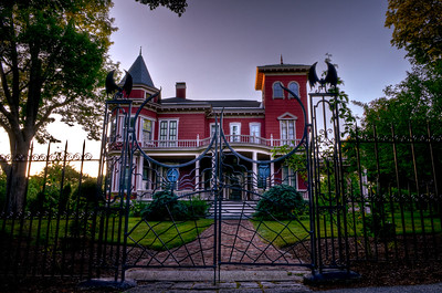 World-Famous Author, Stephen King's beautiful (and eerie!) Victorian house in Bangor, Maine.