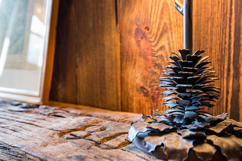 Les Praz Modern Chalet in Wood
