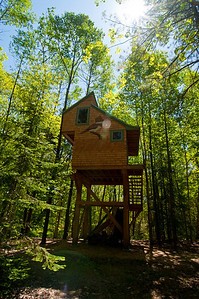 Treehouse in the woods, Midcoast Maine