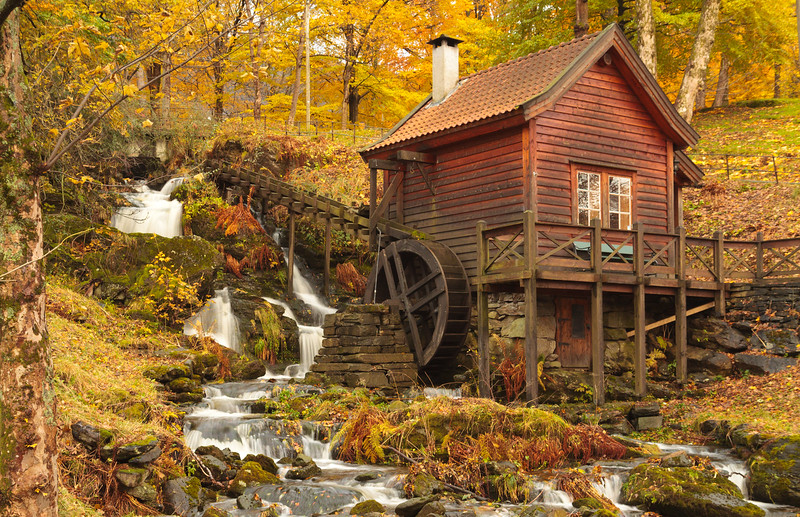 Old Norwegian Mill  (Christies Park, Bergen)