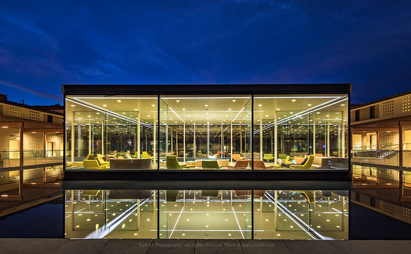 Glass Box - Claremont McKenna College