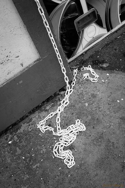 White Chain