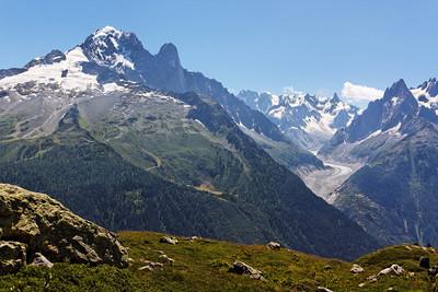 La mer de Glace, La Verte, Les Drus - Alpes, France, 2009