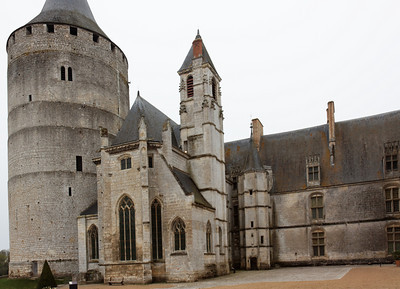 The Dunois wing, the Sainte-Chapelle and the Dunois wing - Chateaudun castle, 2009