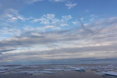 Arctic skies - MALINA cruise, Beaufort Sea, August 2009