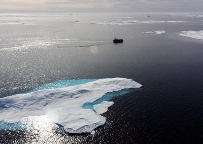 The Amundsen barge - MALINA cruise, Beaufort Sea, August 2009