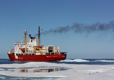 The Amundsen - MALINA cruise, Beaufort Sea, August 2009