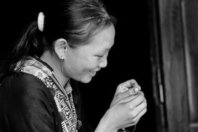 Sewing - Dao - Paso region, Vietnam, Jul-Aug 2006