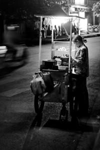 Squid vendor - Vinh Long - Vietnam, Feb 2008