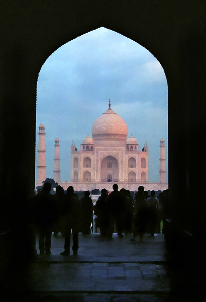 Agra, Taj Mahal viewed through main entrance archway at sunrise