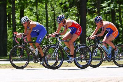Olympians Julie Ertel, Sarah Haskins, Sara McLarty