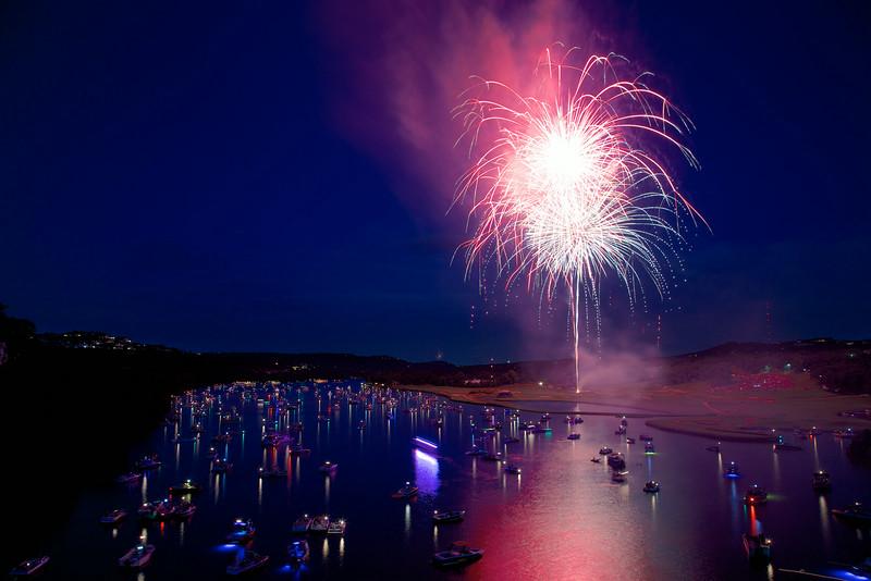 Fireworks over Lake Austin, red, white and blue (2014) - Austin, Texas