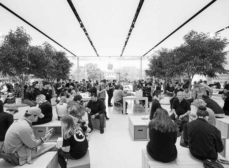 Apple Store, Domain Northside - Austin, Texas