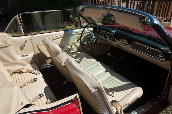 """""""Mustang 1966 convertible: 289 C V8 3-speed"""""""