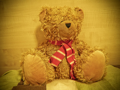 25th Sept 2011  Its good to see and hug my teddy after 3 months staying apart from each other! ♥
