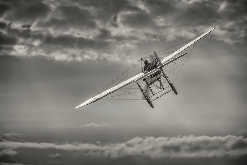2013 Pic(k) of the week 38: Those magnificient men in their flying machines
