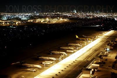 Miami International Airport | Miami, FL Canon EOS 20D | Canon EF 17-40mm f/4 L USM0.6s | f/4 @ 40mm | ISO 100