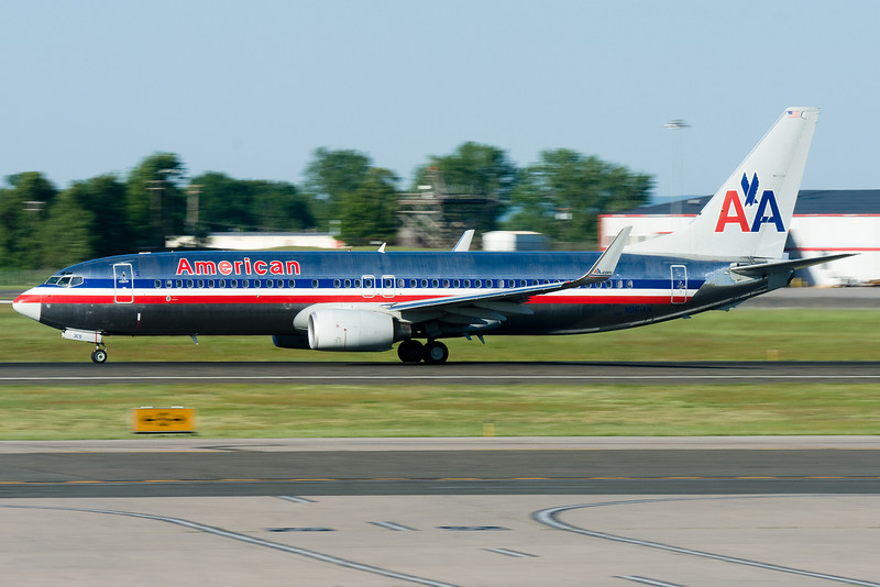 American's service to Dallas uses these 737-800s.