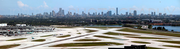 Miami International Airport Panorama | Miami, FL Nikon Coolpix 5700 | Nikkor 8x Zoom 35-280mm f/2.8-10.31/566s | f/6.5 @ 223mm | ISO Auto