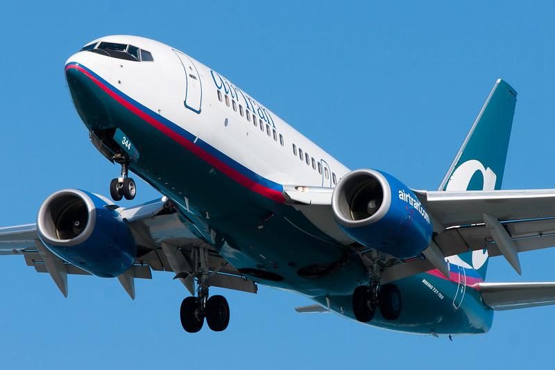 AirTran's 737s accompany their 717s to Boston.
