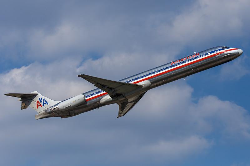 American | MD-80 | IAH | 2015