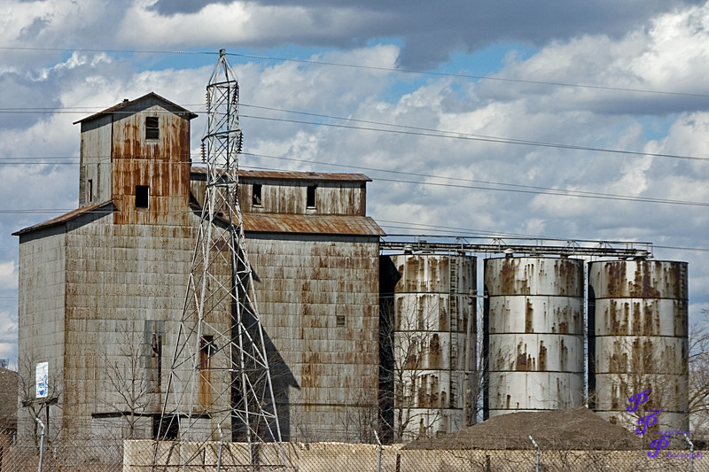 """Derelict Grain Elevator""<br /> <br /> POTD - Still Life Category - 2/9/2008 -  <a href=""http://www.digitalphotonut.com"">http://www.digitalphotonut.com</a>"