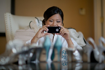 Le Cape Weddings - Chicago Cultural Center Weddings - Kaylin and John - 03 Bridesmaids Getting Ready 13