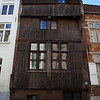 BRUGES. FLANDERS. A WORLD HERITAGE SITE. WOODEN HOUSE FROM THE MIDDLE AGES.