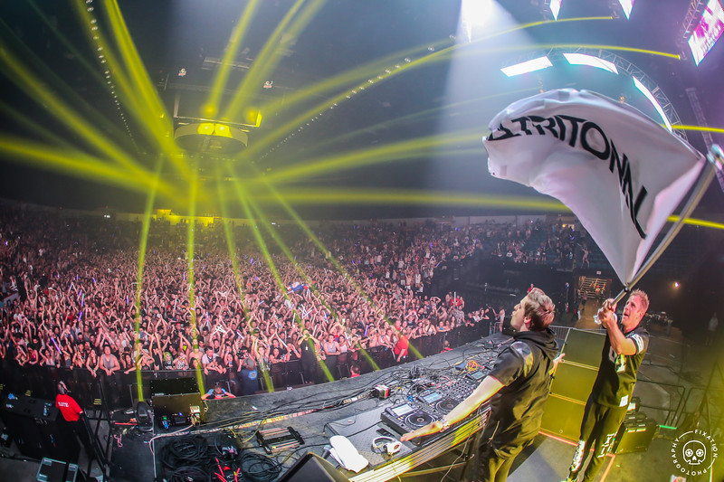 FLYING HIGH WITH TRITONAL 05.27.2016