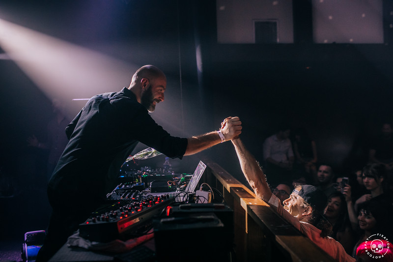 VITALIC CONNECTING WITH FANS IN SAN DIEGO AT BANG BANG NIGHTCLUB 09.08.2018