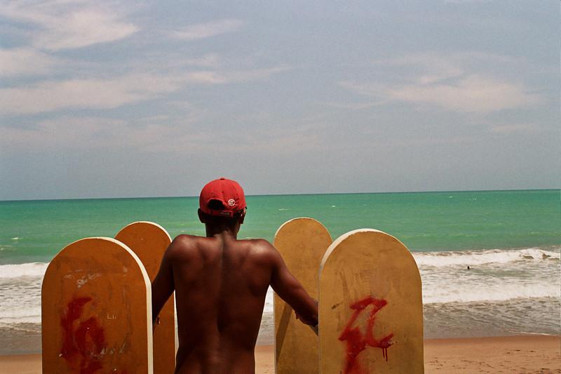 DOING EXERCISE. BEACH. MACEIO. ALAGOAS, BRAZIL.