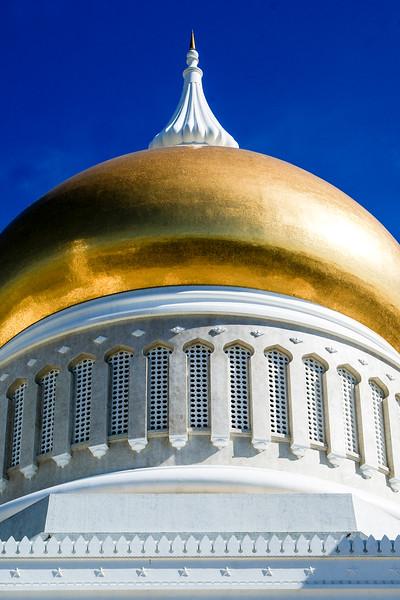Omar Ali Saifuddin Mosque - Bandar Seri Begawan - Brunei