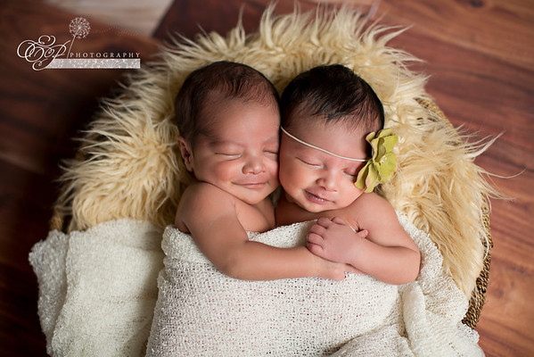 Newborn Twin Photography Jacksonville, FL - Catching smiles