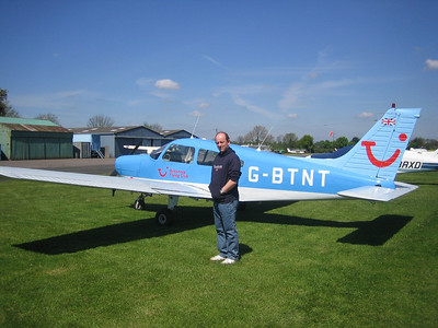 Myself and G-BTNT in which I flew from Cranfield to Wellesbourne Mountford on 15/05/2005