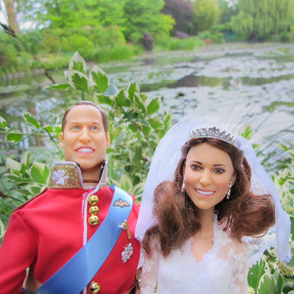 Kate and Will in Monet's Garden