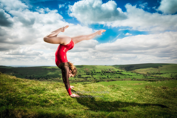 5.   Metamorphosis of the body - Jenni Pinches – Handstanding in Her Field