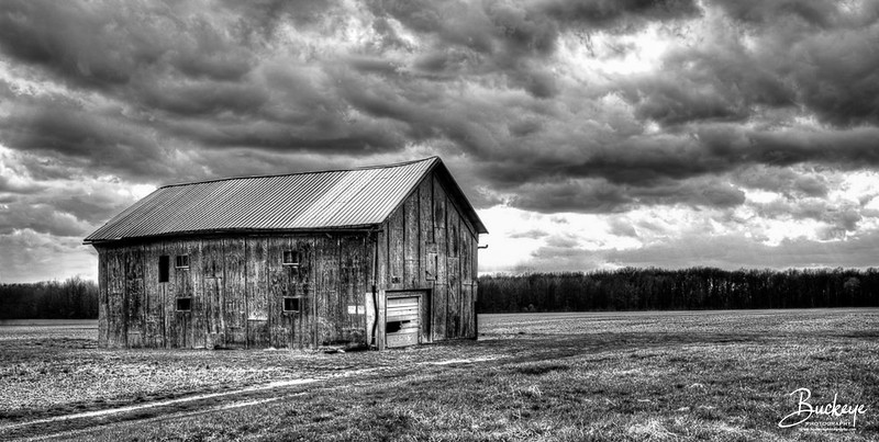 Barn on Route 83 : OH