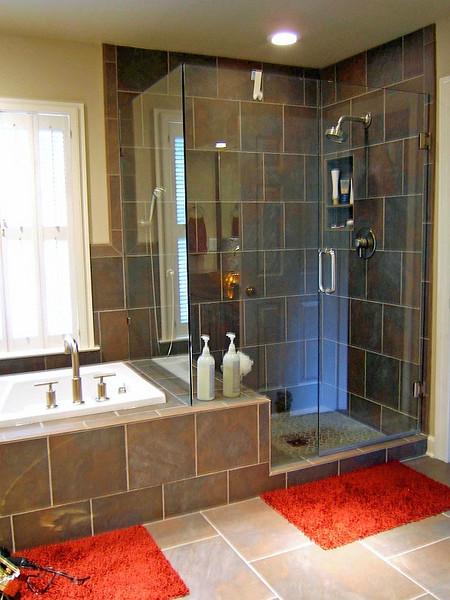 Erbes tub & shower