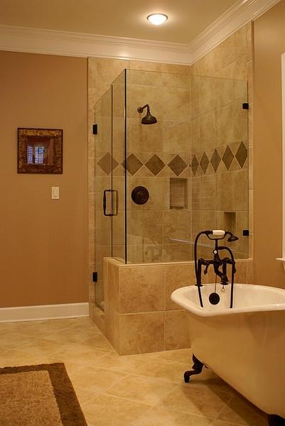 Huckaby Tub & Shower