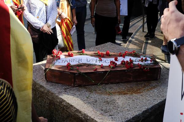 #FreeCatalonia // #HelpCatalonia