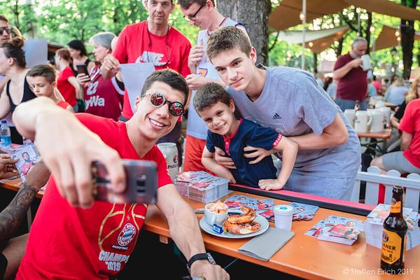 Meisterfeier des FC Bayern Muenchen Basketball