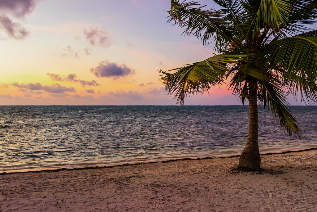 Sunrise in Belize (Caye Caulker, Belize)