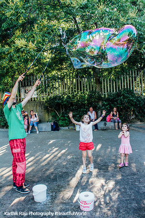 Bubble fun, zoo, Madrid, Spain