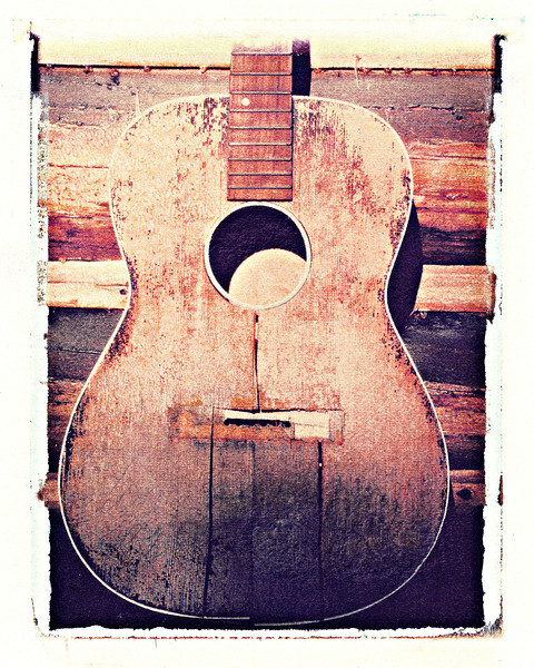 #218 Old Guitar