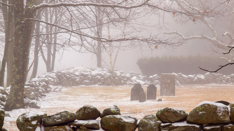 Old Hill Cemetery in Londonderry (est. 1733) appears to be the town's oldest. It has some very old and beautiful stones that I'll have to photograph with better light to bring up the detail. This session was all about the fog though.