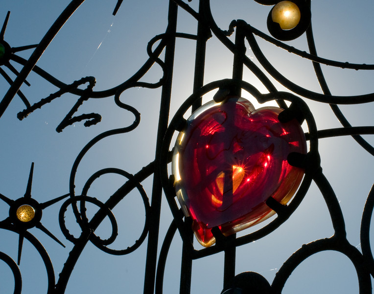 Heart in Art. J Doe art project in Omaha