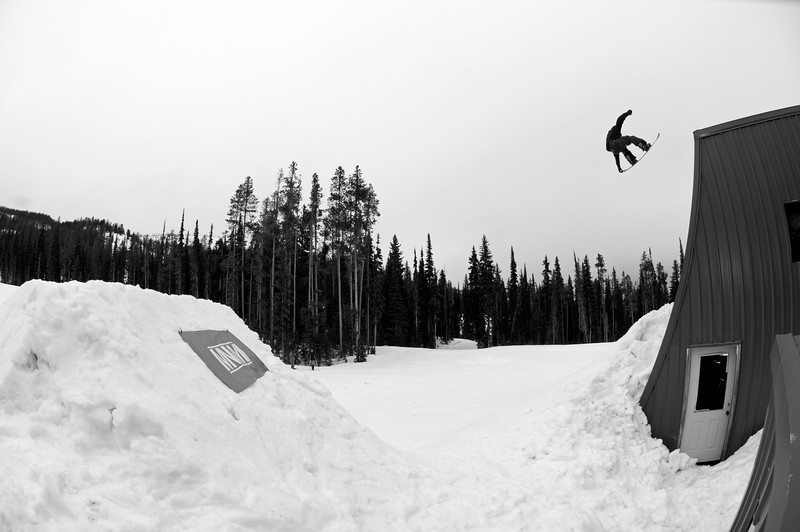 Krister Ralles - Monument Snowboards